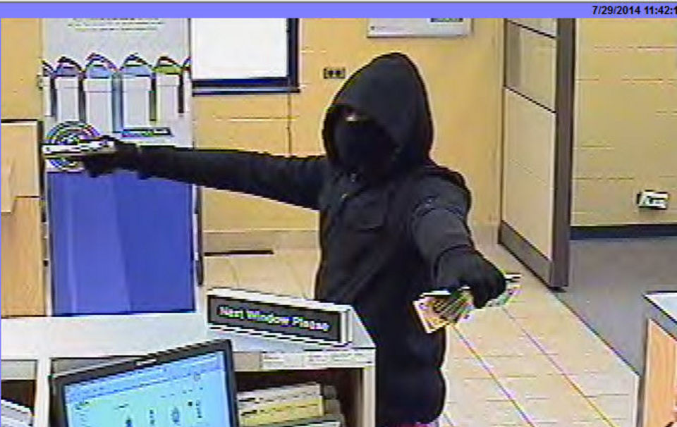 comstock-bank-robbery-july-29-2014-b7f563db7e9a8286